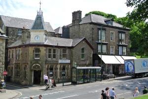 Buxton buildings