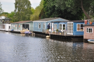 House boats outside of Kingston on Thames