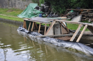 Sunken narrowboat